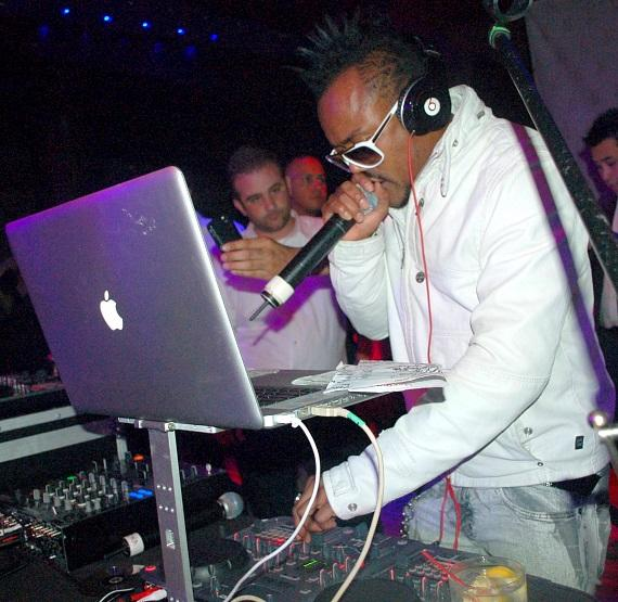 DJ Apl.de.Ap of the Black Eyed Peas at JET
