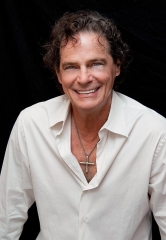Singer B.J. Thomas Brings his Legendary Hits to Suncoast Showroom March 28-29