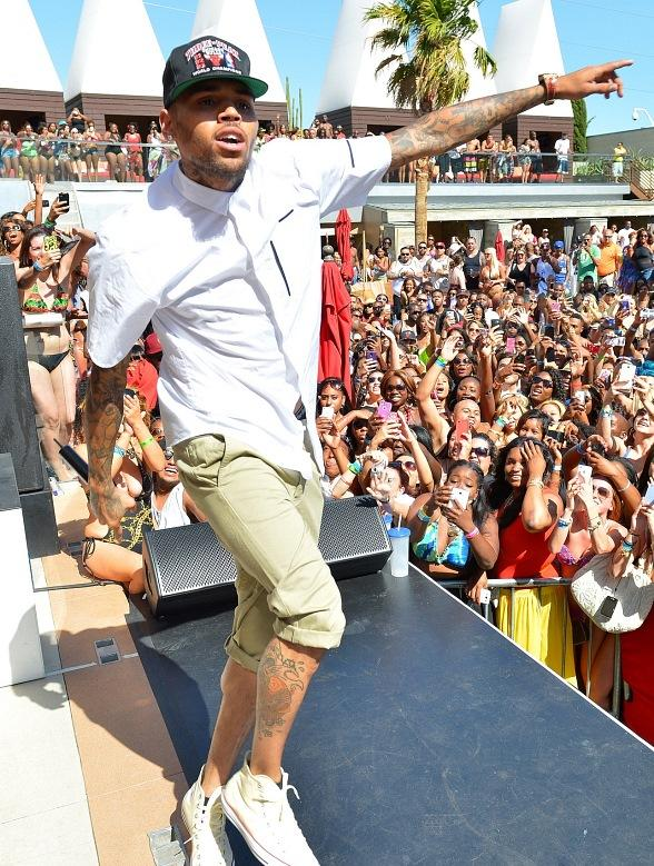 Chris Brown Performs at Palms Pool in Las Vegas