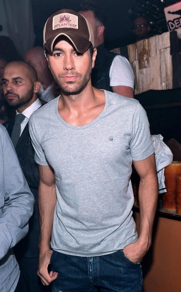 Enrique Iglesias parties at Hyde Bellagio