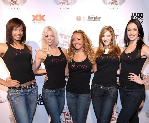The ladies of FANTASY at Luxor: Ashton, Chloe, Lorena, Soolin and Yesi