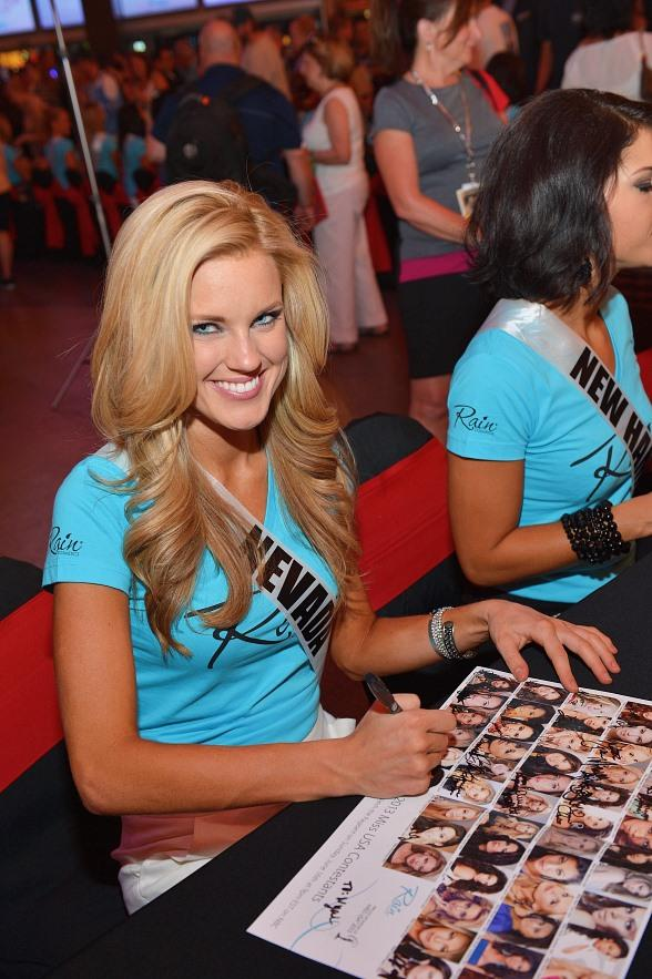 The D Las Vegas Hosts Meet & Greet with 2013 Miss USA Contestants