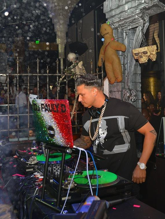 Pauly D spins at Haze Nightclub in Las Vegas