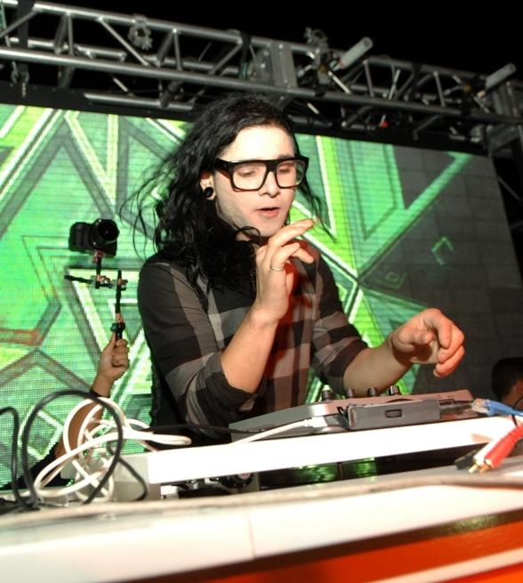 Skrillex at Surrender Nightclub