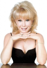 "Celebrate the 50th Anniversary of ""I Dream of Jeannie"" with Barbara Eden at Suncoast Showroom June 20"