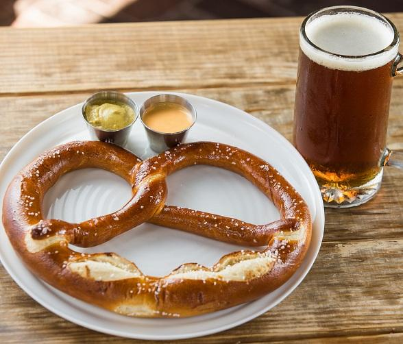 Umami Burger, Beer Garden & Sports Book to Celebrate Oktoberfest with a Taste of Germany