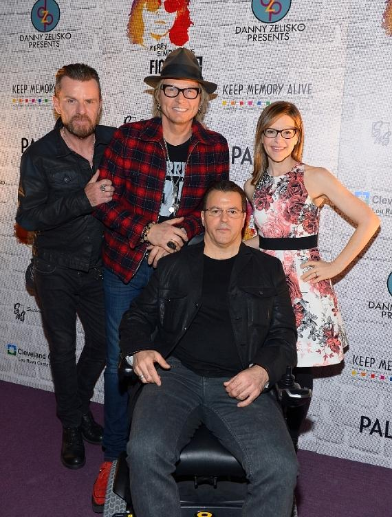 Guitarist Billy Duffy, musician Matt Sorum, chef Kerry Simon and musician Lisa Loeb