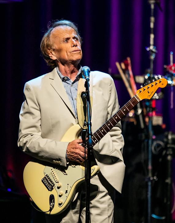 Al Jardine performs with Brian Wilson at The Chelsea at The Cosmopolitan