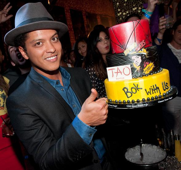 Bruno Mars with birthday cake at TAO