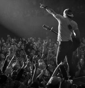 Chase Rice to perform at Mandalay Bay Beach on July 23