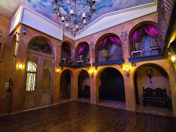"""Dressed To Thrill"" Masquerade Ball at Michael Jackson's The Thriller Villa in Las Vegas Oct. 25"