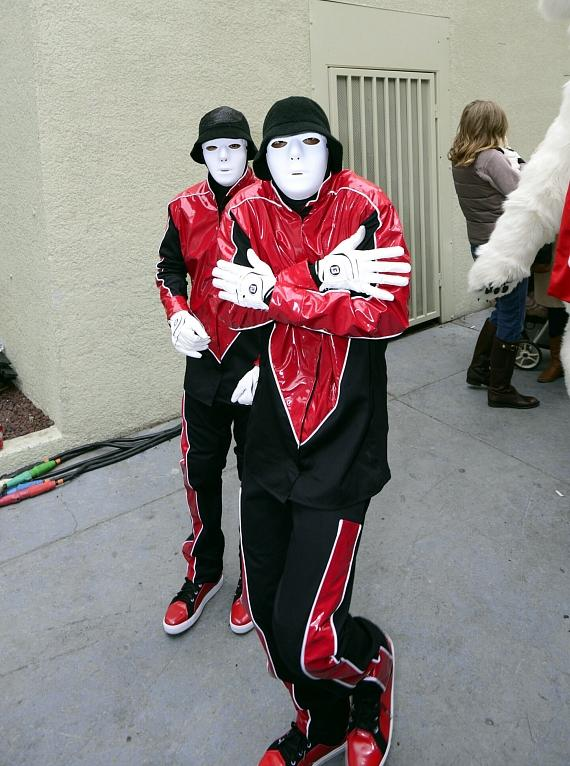 Jabbawockeez arrive in the cold Las Vegas weather