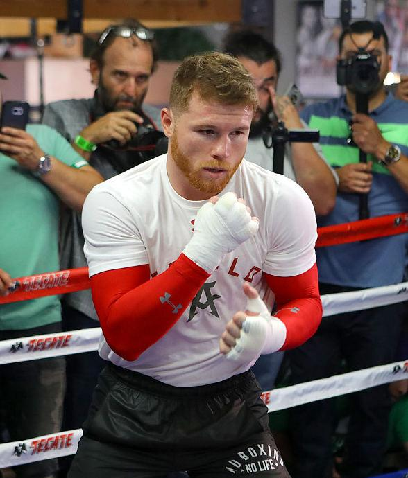 Photos/Video: Golden Boy Promotions Shines the Spotlight on Canelo Alvarez ahead of his Showdown with Julio Cesar Chavez, Jr. Saturday, May 6 at T-Mobile Arena