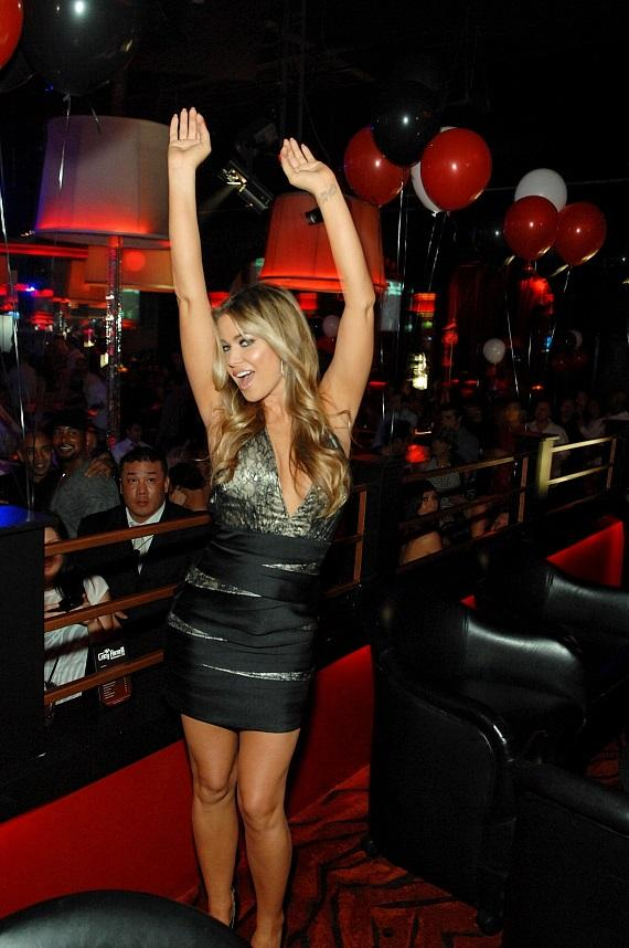 Carmen Electra dancing at her VIP table