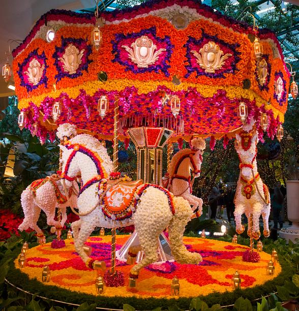Steve Wynn Unveils Floral Sculptures by Event Designer, Preston Bailey