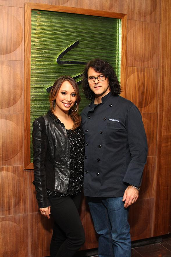 """Dancing With The Stars"" Cheryl Burke Dines at Simon at Palms Place"