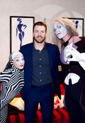"Actor Chris Evans attends ""O"" by Cirque du Soleil"