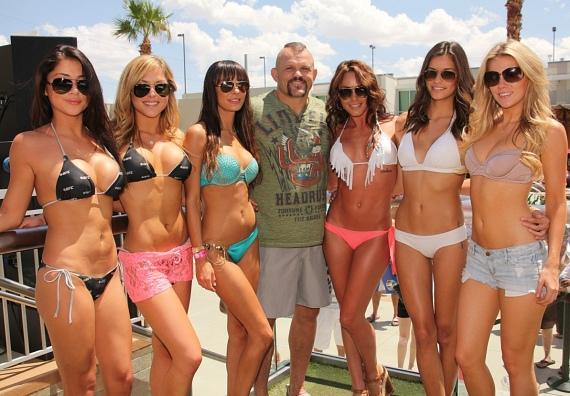 Chuck Liddell, Arianny Celeste and friends