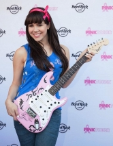 Hard Rock Cafe Las Vegas Kicks Off Month Long Pinktober Initiatives with Claire Sinclair