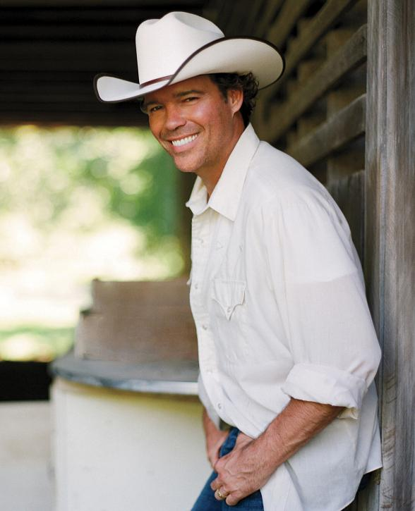 Multi-Platinum Country Artist Clay Walker to Perform at The Sands Showroom During National Finals Rodeo Weekend