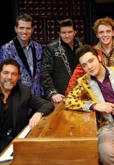 Clint Holmes Dazzles Audience During One-Night-Only Guest Performance with Million Dollar Quartet at Harrah's Las Vegas
