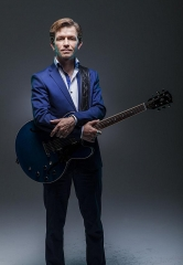 "Vinyl at Hard Rock Hotel Three-Month Residency with ""America's Got Talent"" Season Five Winner Michael Grimm June 5 – Aug. 30"