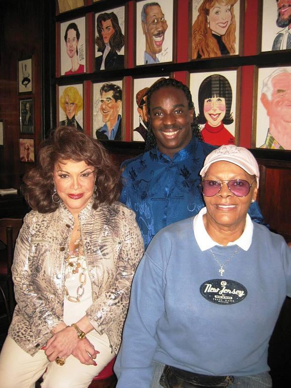 Connie Francis &amp; Dionne Warwick Shows Draw Record Crowds to Las Vegas Hilton