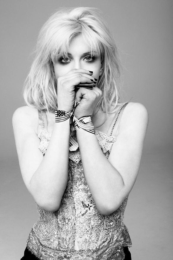 Courtney Love to Headline Vinyl