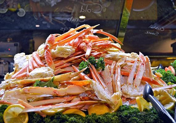 Rivers casino crab legs