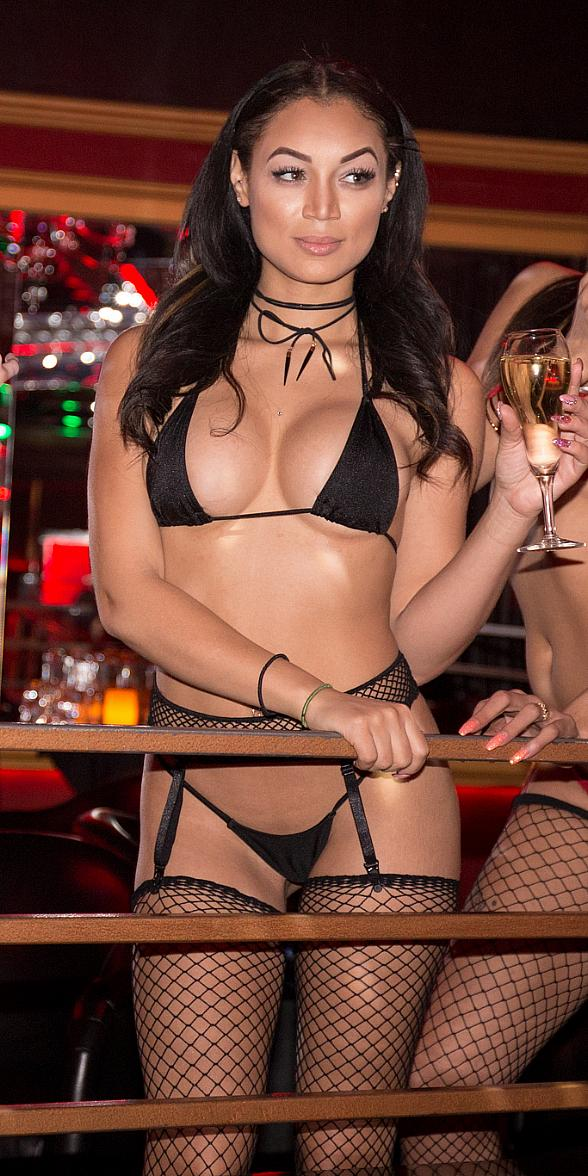 "Crazy Horse III Offers Titillating 'Nips and Sips' Promo to Honor ""No Bra Day"" October 13"