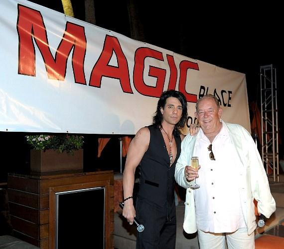 Criss Angel and Robin Leach at MagicPlace.com launch party at Bare Pool Lounge
