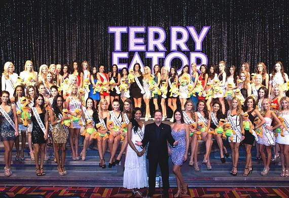 Miss USA Nana Meriwether, Terry Fator, Taylor Makakoa and Miss USA Contestants