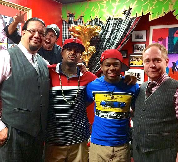 Penn & Teller with  musician DJ Paul of Three 6 Mafia and his son, Nautica -- and photobombed by David Blaine