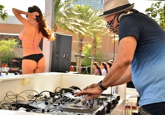 DJ Roger Sanchez at Palms Pool & Bungalows