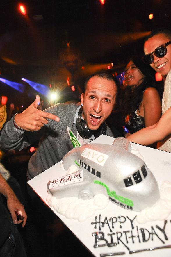DJ Vice Celebrates Birthday at LAVO
