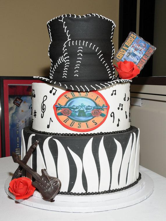 DJ Ashba's birthday cake at The Joint