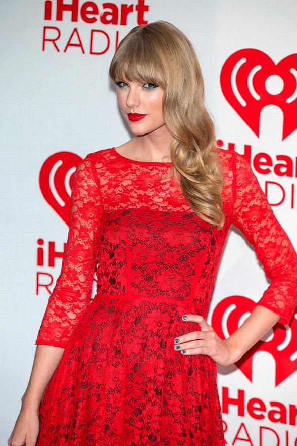 Red Carpet: Taylor Swift, Nina Dobrev, Aerosmith, Maria Menounos, Jonas Brothers, Kristin Kreuk, Kat Von D on Day 2 of iHeartRadio