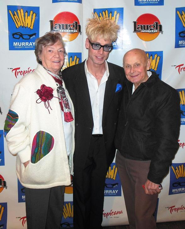 Murray (center) poses with his mom, Arlene Sawchuk and father, John Sawchuk