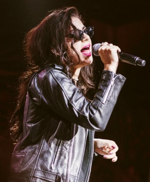 Charli XCX Performs at Surrender Nightclub in Las Vegas