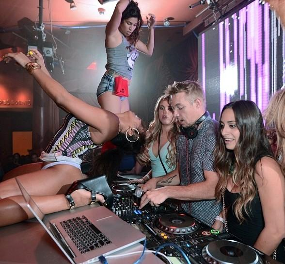 Daddy Yankee Takes in Diplo's DJ Set at Surrender Nightclub in Las Vegas