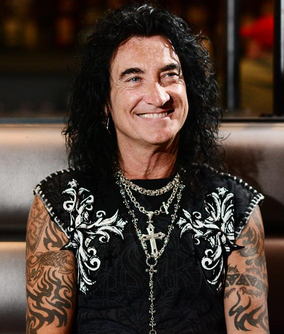"Robin McAuley from Raiding the Rock Vault goes ""On Air with Robert and CC"""