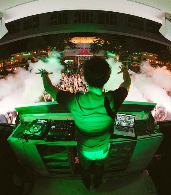 Zedd at Encore Beach Club for Night LDW Kick-Off