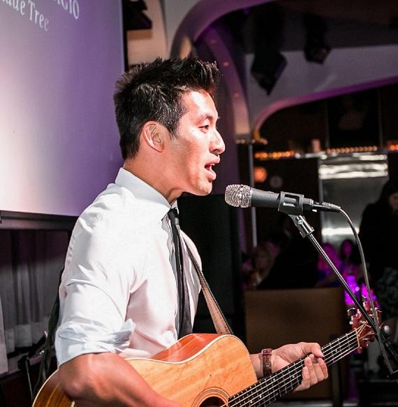 Daniel Park Performs at Girls Night Out