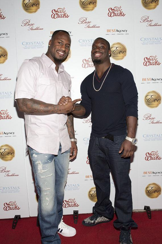 Vernon (L) and Vontae (R) Davis arrive at the red carpet at Eve Nightclub at Crystals CityCenter