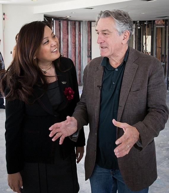 De Niro comments on his favorite details about the spacious 10,300-square-foot villa to Nobu Hotel General Manager Gigi Vega