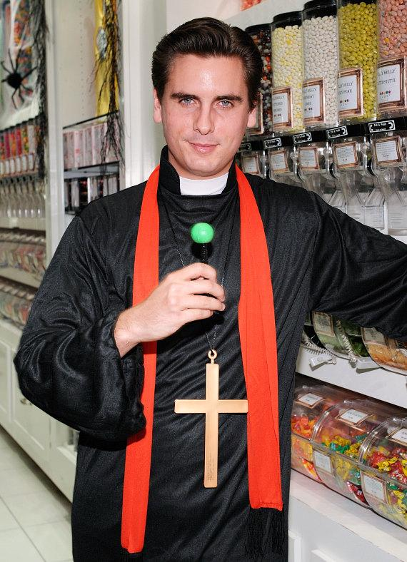 Scott Disick with a signature Sugar Factory Couture Pop at Sugar Factory