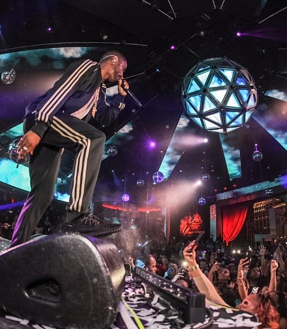 Big Sean performs at Drai's Nightclub Las Vegas
