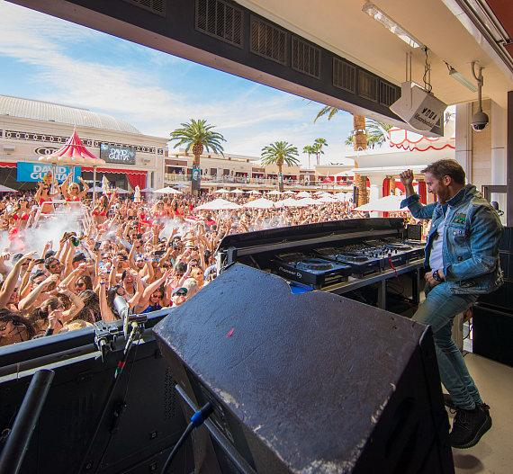 David Guetta performing at Encore Beach Club in Wynn Las Vegas