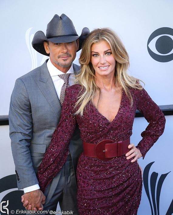 Recording artists Tim McGraw and Faith Hill