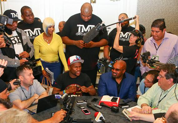 "Floyd ""Money"" Mayweather at press conference to Promote fight against Marcos ""El Chino"" Maidana"
